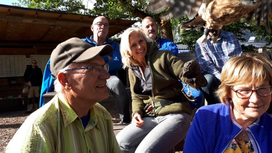 Aanwezig bij training roofvogels en uilen bij Inloophuis de Sociale Huiskamer